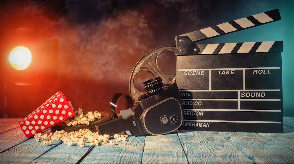 11 Steps to Make Your Own Movie at Home